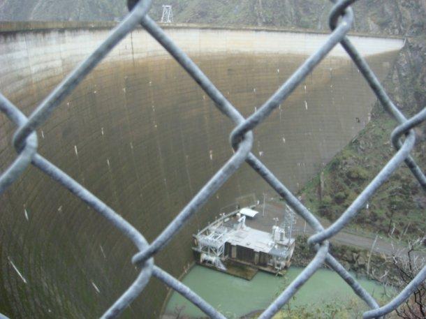 lake-berryessa-dam