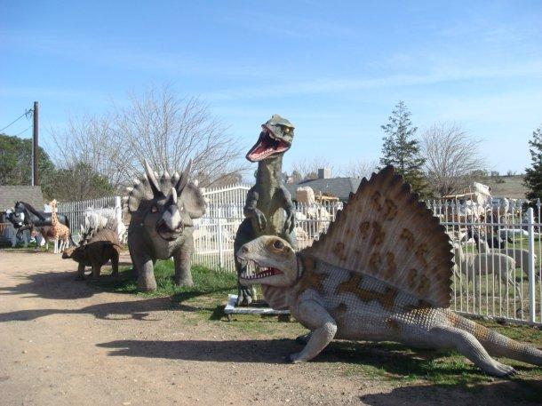 fiberglass-dinosaurs