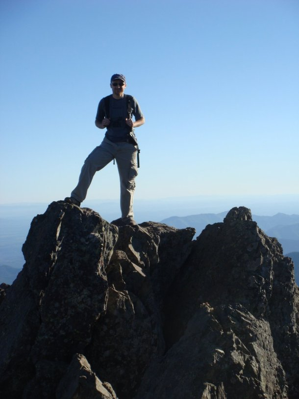 Mount-Ellinor-summit