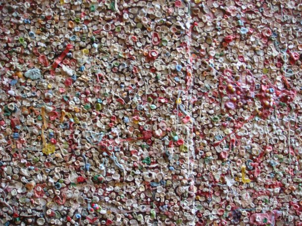 wall-of-gum-seattle