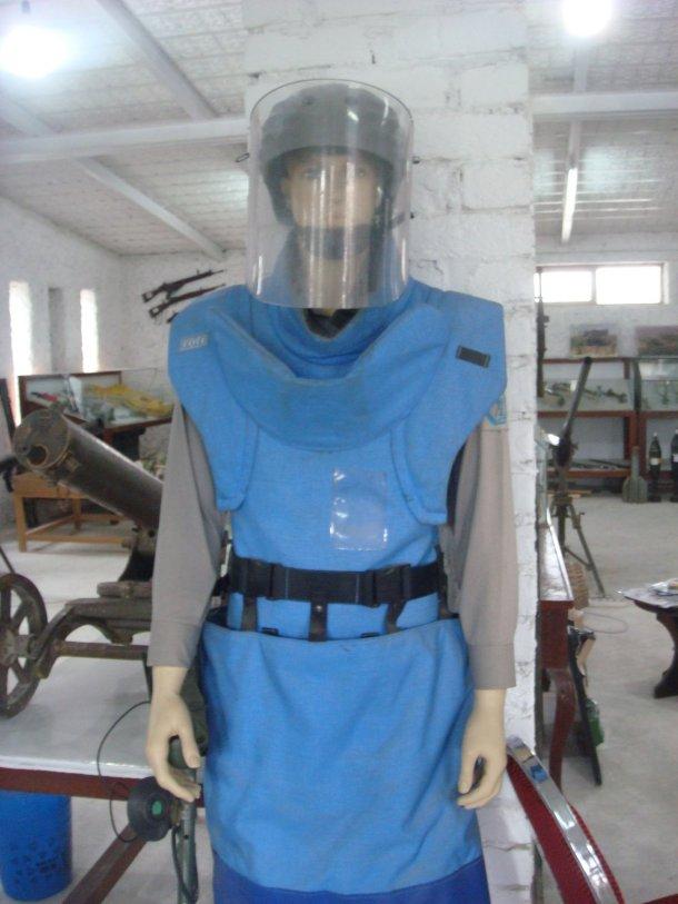 demining-gear-OMAR-Mine-Museum
