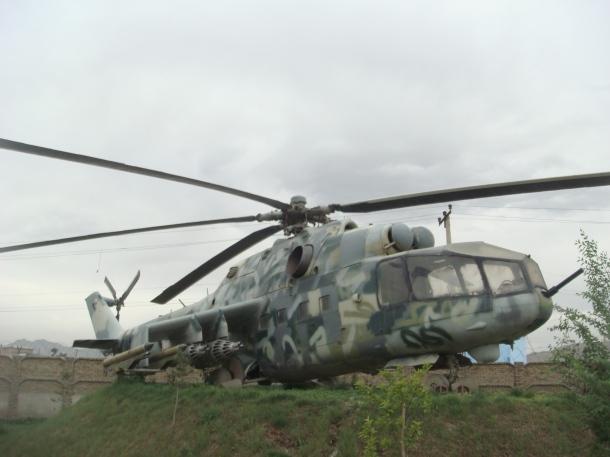 soviet-helicopter-gunship