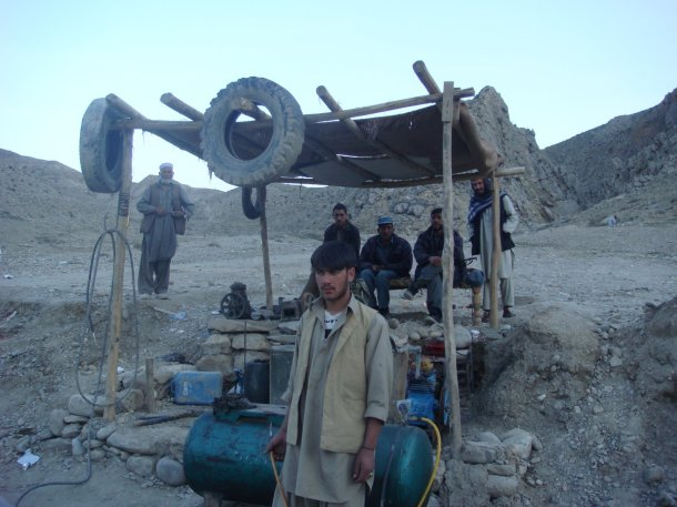 truck-stop-afghanistan