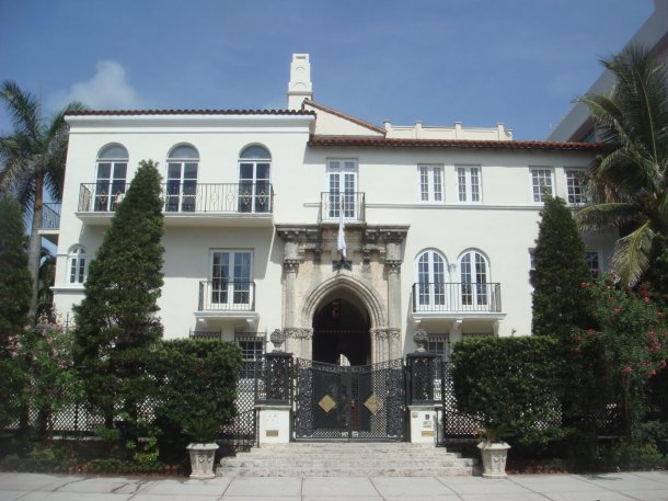 Gianni-Versace-Mansion