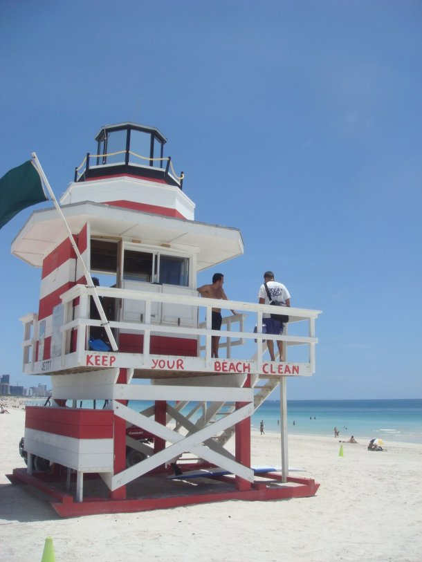 lifeguards-miami-beach