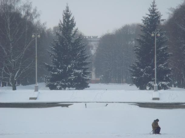 ice-fishing-minsk-belarus