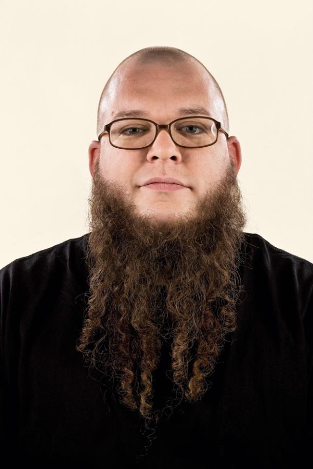 0901_073_beards_john