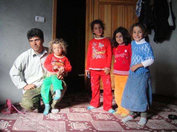 kurd-family