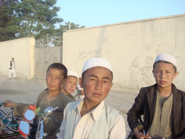 people-of-Mazar-i-Sharif-afghanistan