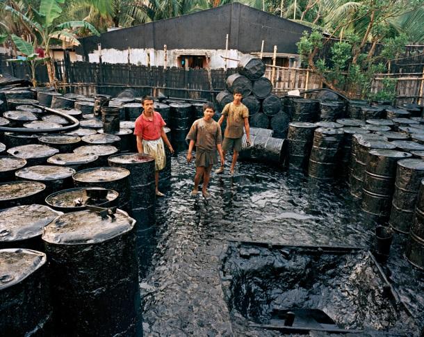 Recycling #2, Chittagong, Bangladesh