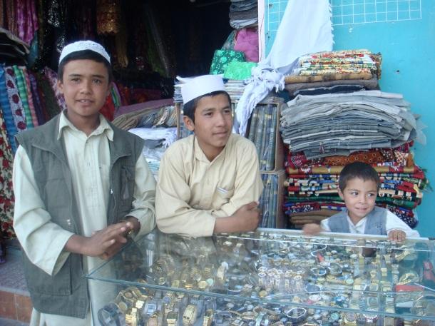 shopkeepers-mazar-i-sharif-afghanistan