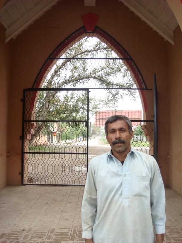 cemetery peshawar pakistan