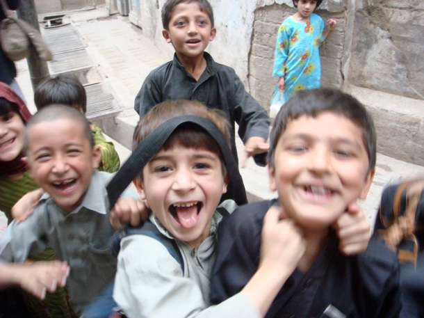 children-peshawar-pakistan