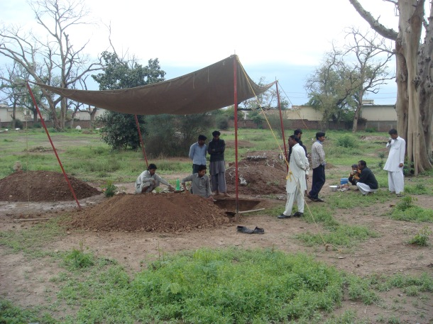 grave diggers peshawar
