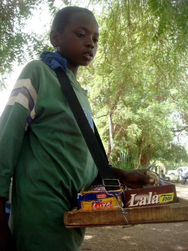 street-seller-candy-khartoum