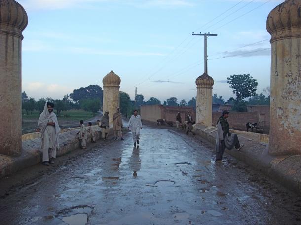 Mughal-Bridge-pakistan