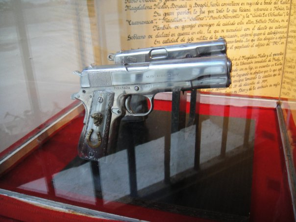 Pistols that belonged to Jose Gonzalo Rodriguez Gacha AKA El Mexicano