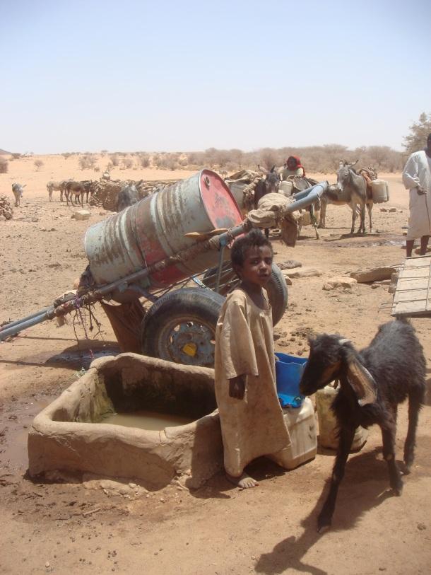 desert-well-used-by-nomads-sudan