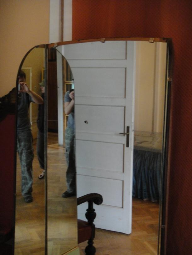 haile selassie palace mirror