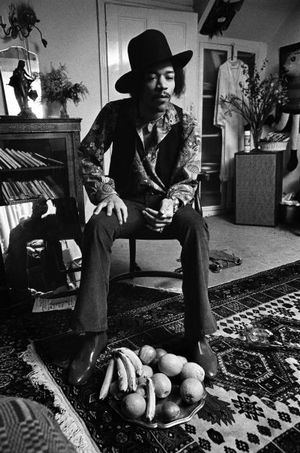 Jimi Hendrix at 23 Brook Street