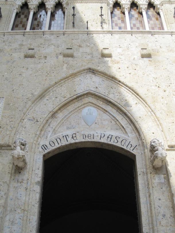 Monte dei Paschi di Siena entrance