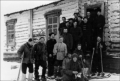 dyatlov pass group picture