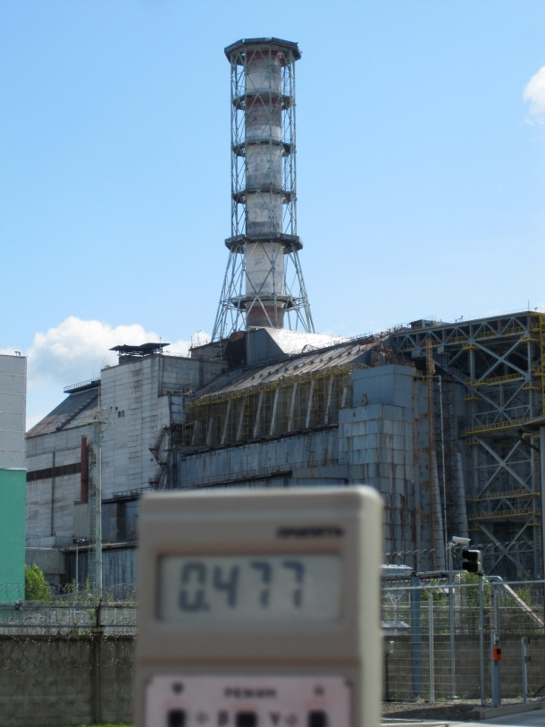 at-chernobyl-with-geiger-counter