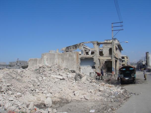 port-au-prince earthquake damage