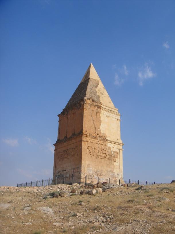 hermel pyramid