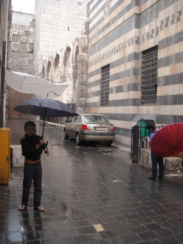 umbrellas-damascus