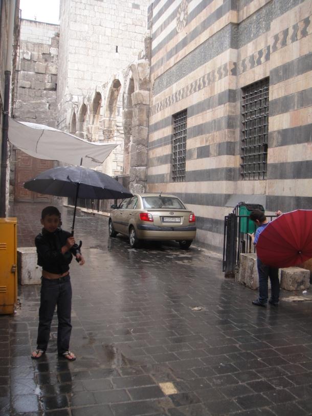umbrellas-damascus