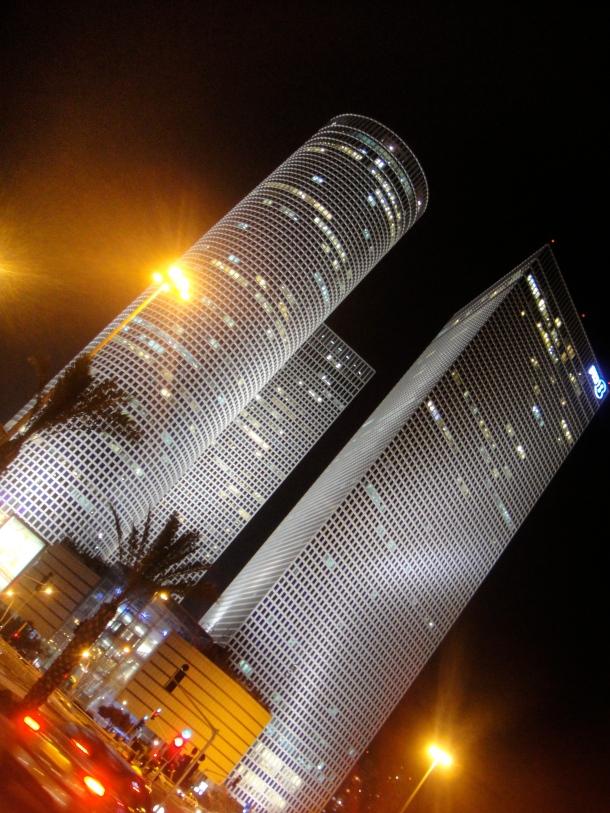 tel-aviv-skyscrapers