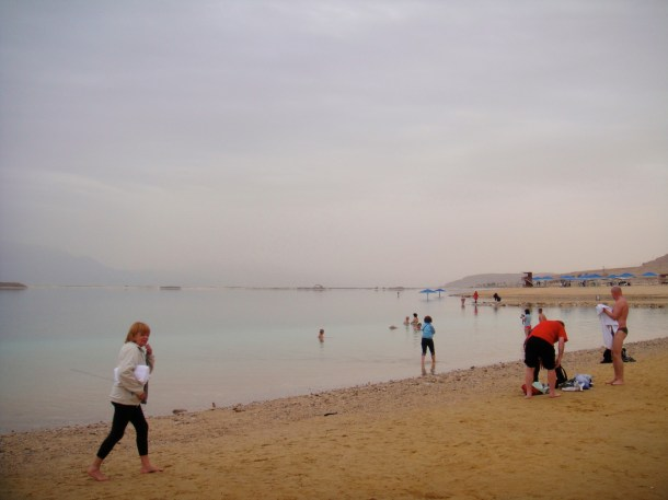 dead sea tourists