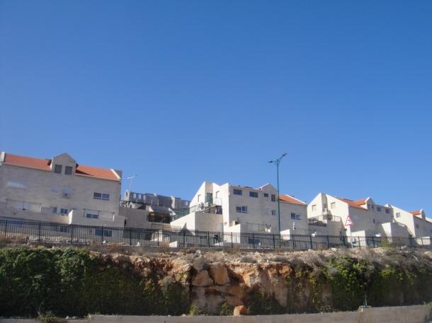 qiryat arba settlement