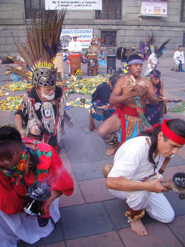 aztec concheros dancer