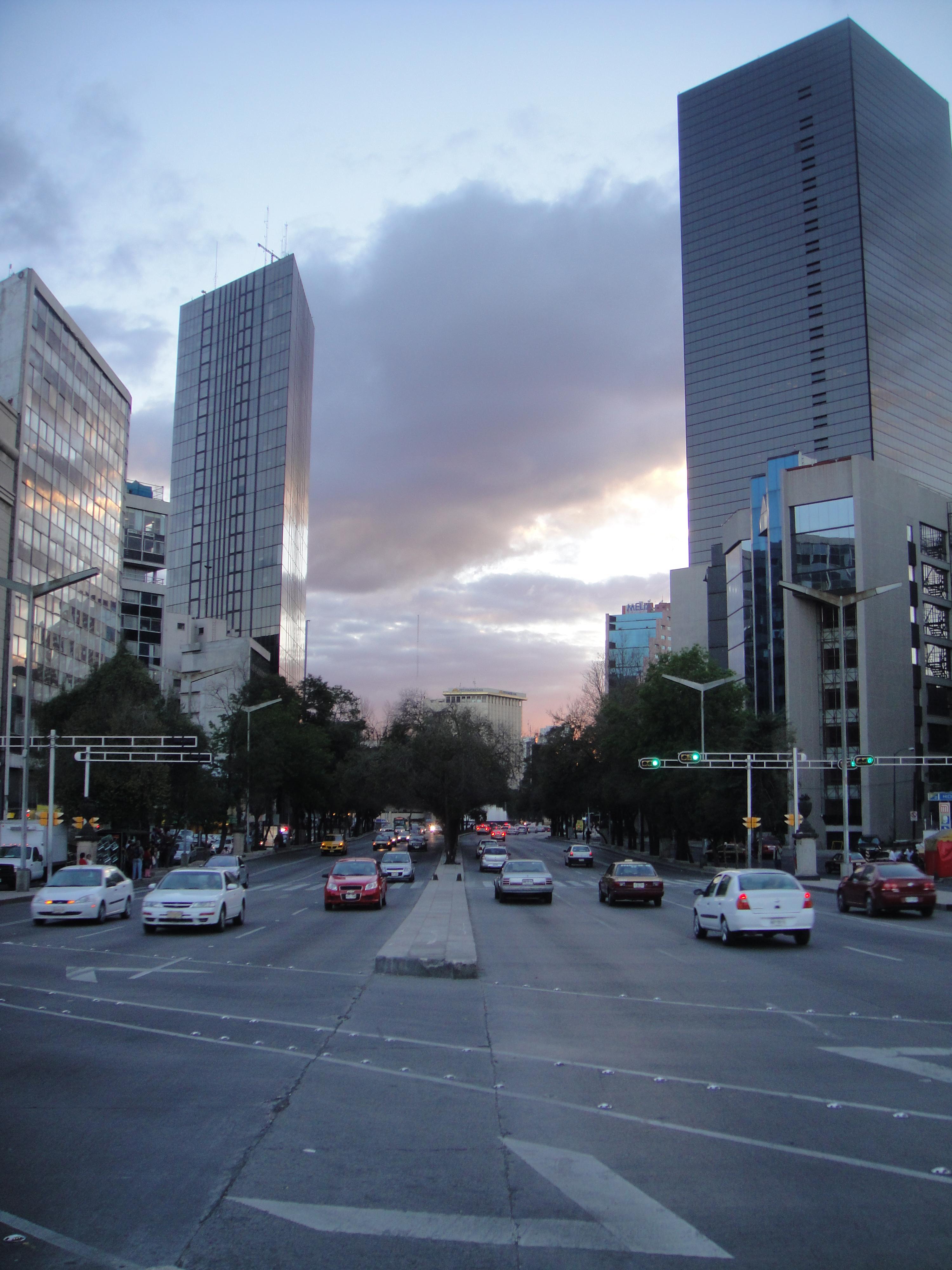 paseo-de-la-reforma-mexico-city.jpg