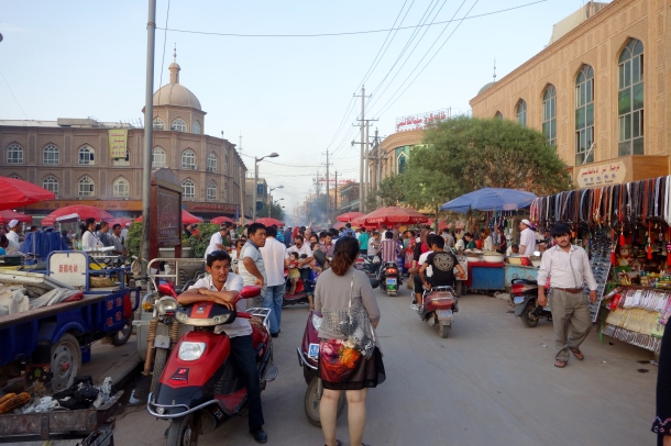 night-market-kashgar
