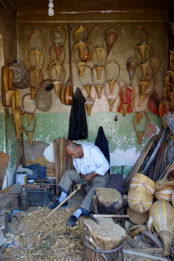 instrument-maker-kashgar