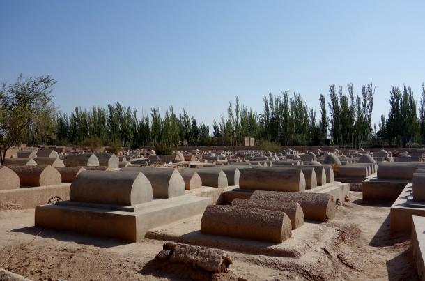 uighur-cemetery-kashgar