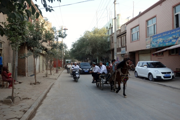 uighurs-in-kashgar