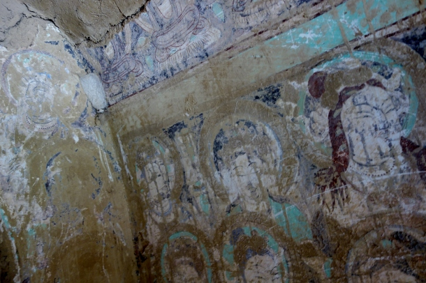 Bezeklik-Buddha-murals