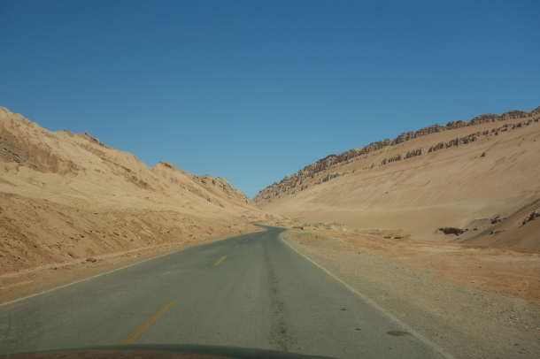 flaming-mountains-road