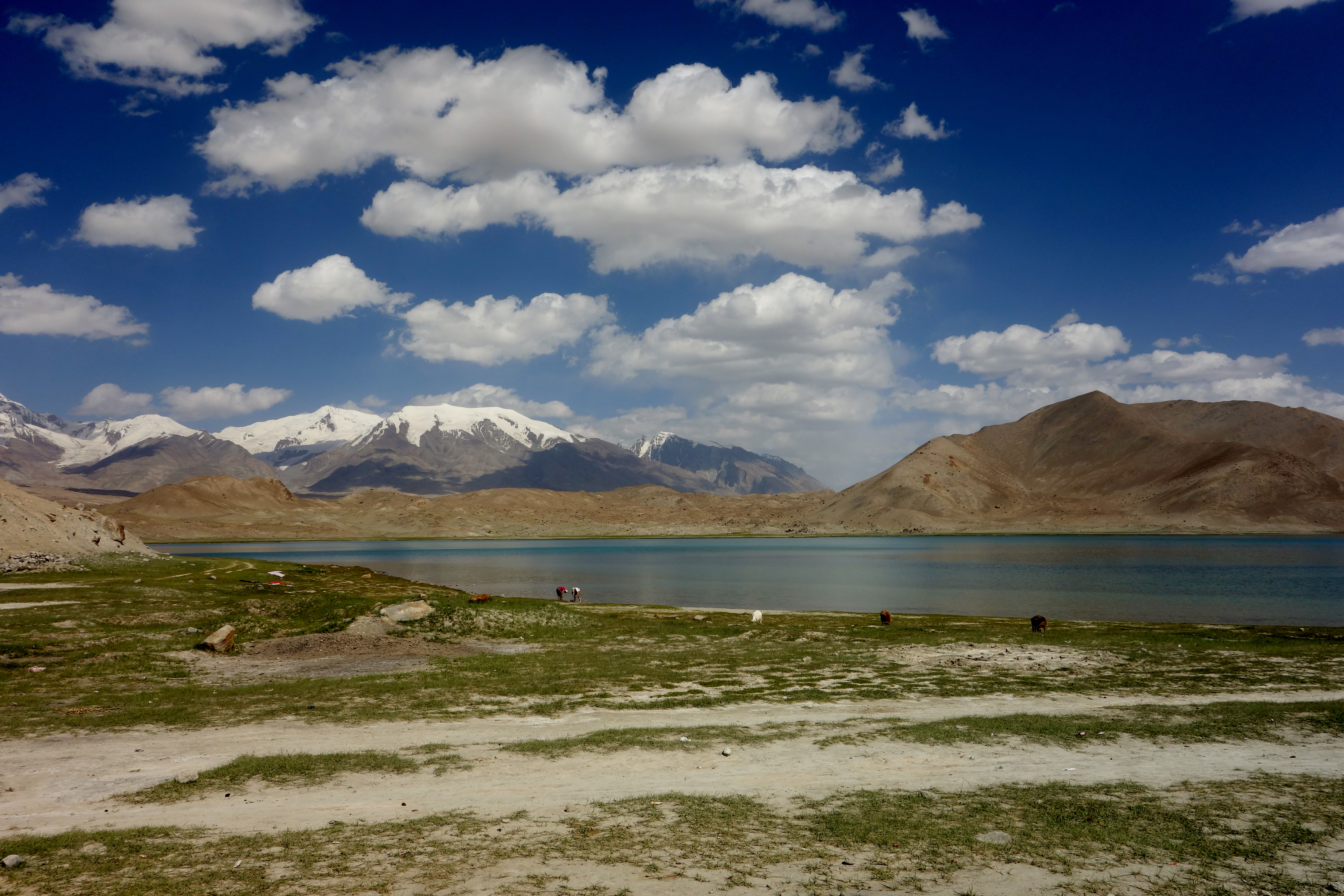 The Beautiful Karakul Lake in China is Stunning for Ages | China ...