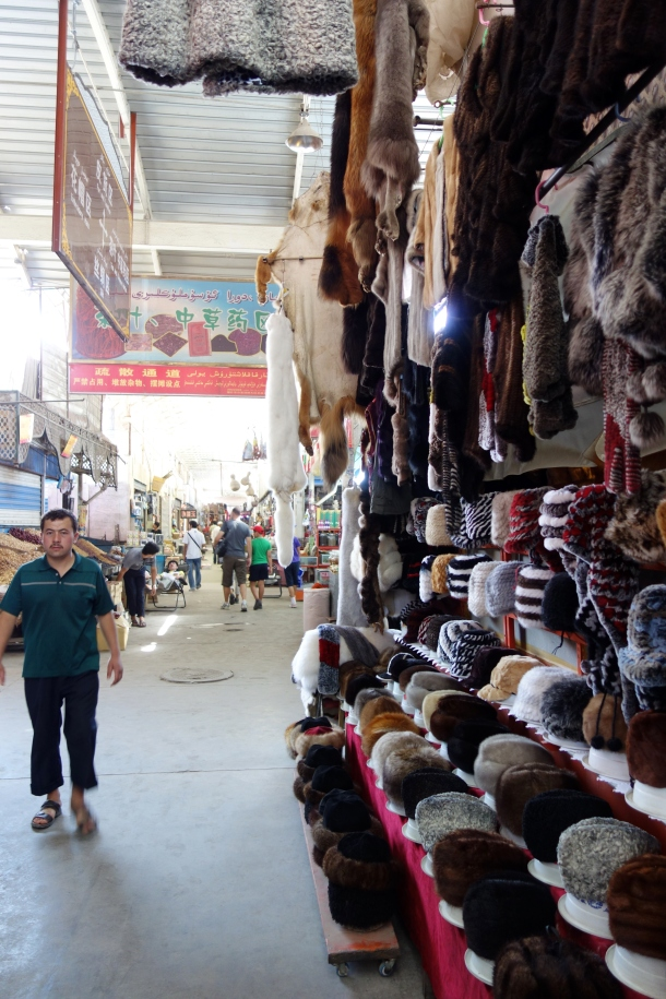sunday-market-kashgar