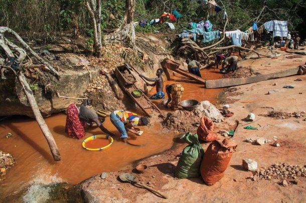 artisanal-gold-miners-sierra-leone