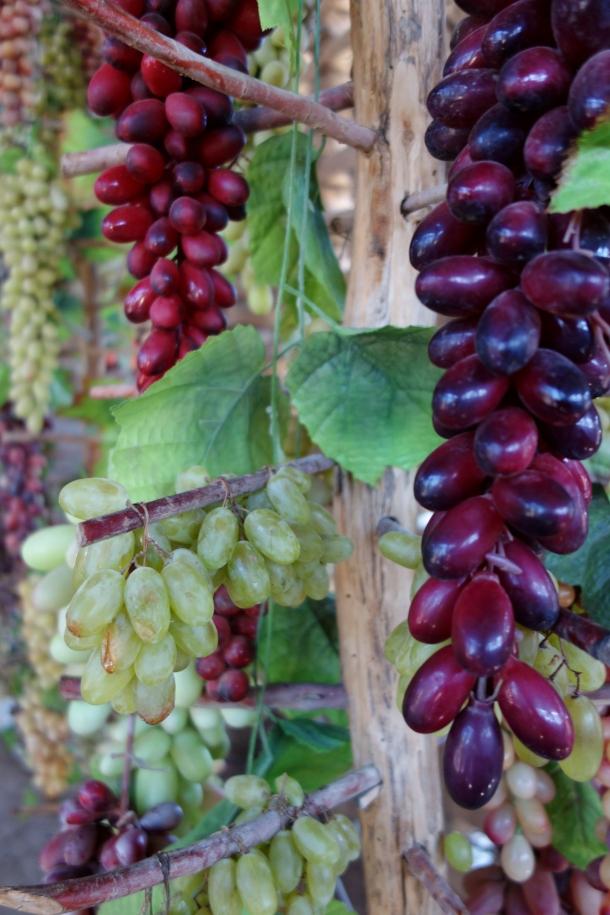 drying-grapes-turpan
