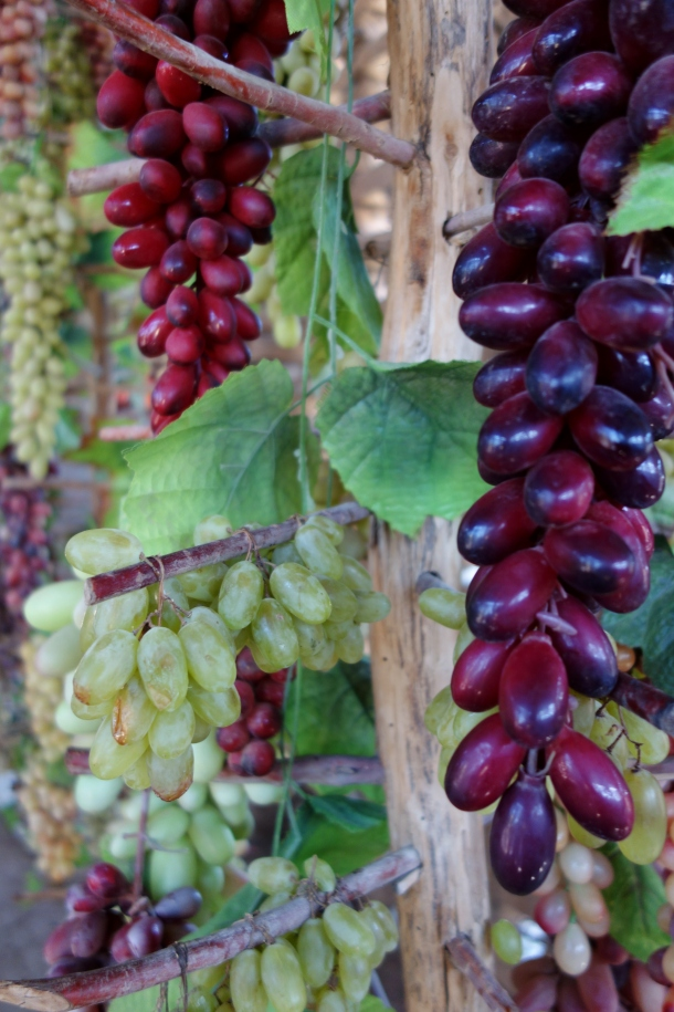 drying-grapes-turpan