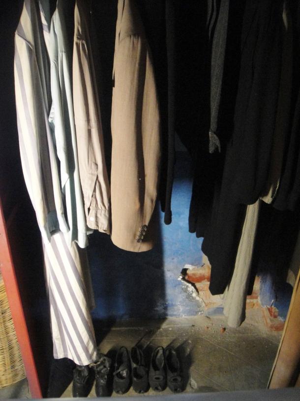 leon-trotsky-clothing-mexico-city-house