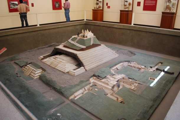model-great-pyramid-cholula