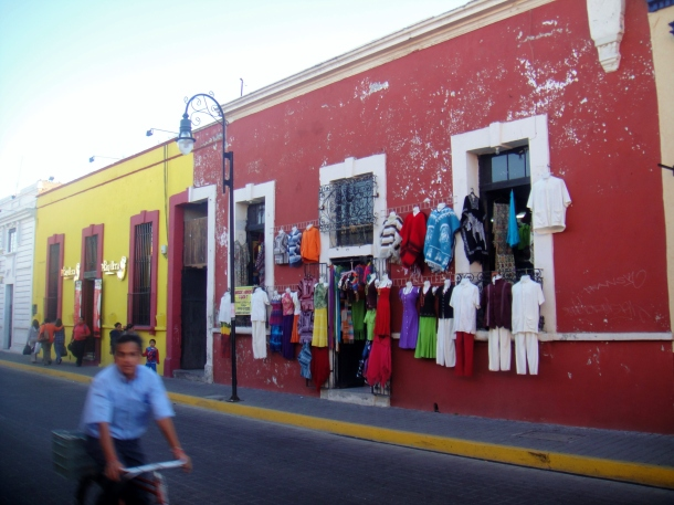 Morelos-Street-Cholula